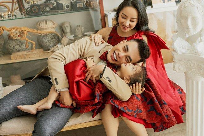 Lê Dương Bảo Lâm: amp;#34;Vợ tôi mang bầu lần 2 là tình cờ, con gái rất vui khi có emamp;#34; - 1