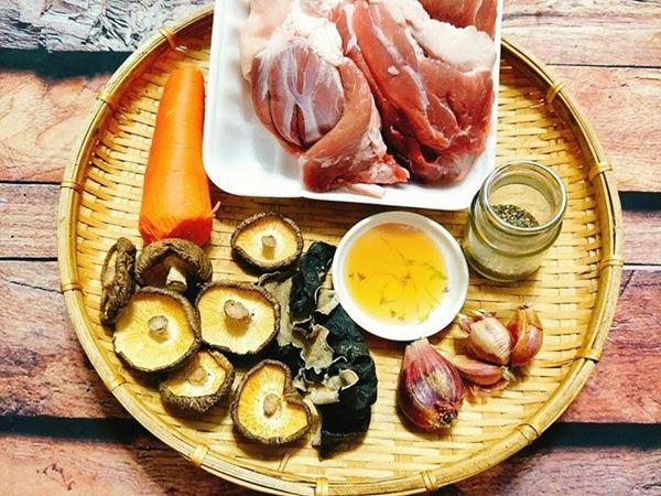 2 cách nấu thịt đông ngon chuẩn vị với chân giò mộc nhĩ - 1