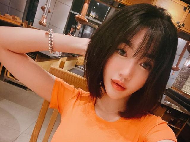 Xin Elly Trần chia sẻ bài tập bụng sau sinh, cô gái liền bị từ chối