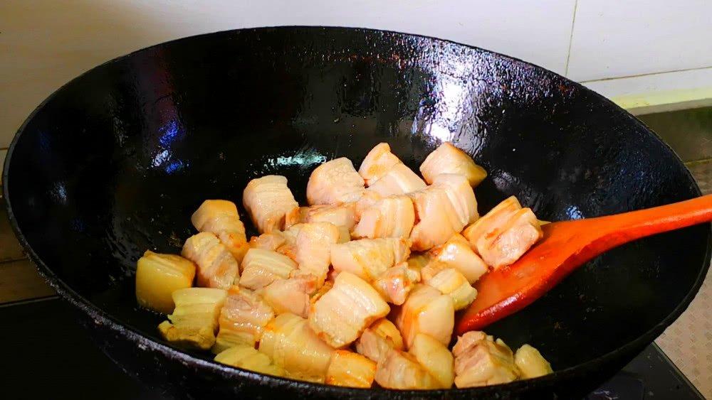 Đừng cho gia vị này vào thịt kho thịt sẽ khô cứng nhưng nhiều người không biết