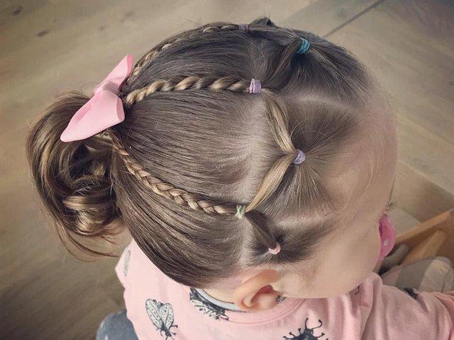 20 kiểu tóc tết đẹp, mát mẻ cho bé gái đi học, mẹ chỉ mất 5 phút mỗi sáng