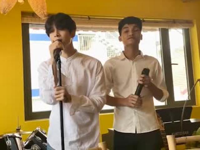 Hốt hoảng với màn song ca của Mạc Văn Khoa và Anh Tú ngay tại quán của Trường Giang