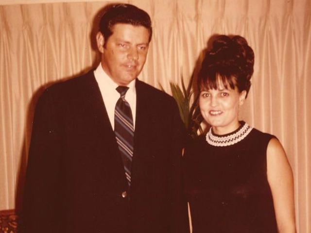 Người vợ tận tâm đột ngột mất tích, 40 năm sau sự thật lộ tẩy nhờ vết máu trong gara