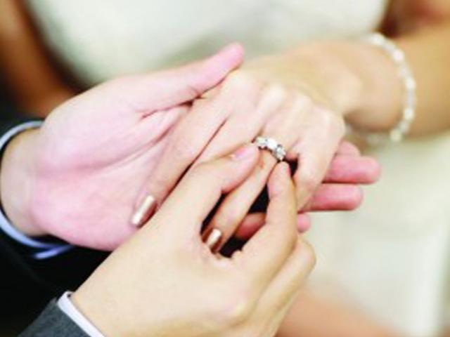 Đêm tân hôn vợ nhất quyết không cho ân ái, chồng ngỡ ngàng phát hiện sự thật