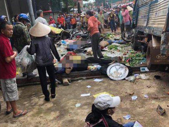 Tai nạn thảm khốc: Xe tải lao vào chợ, người chết và bị thương nằm la liệt