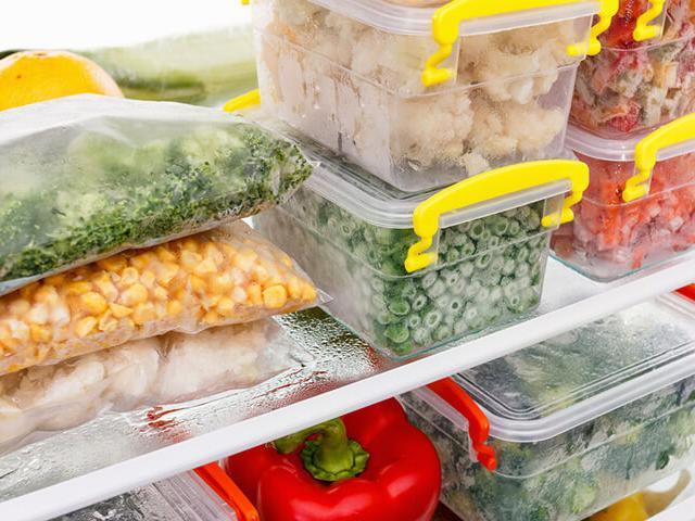 Ai cũng nghĩ thực phẩm tươi sống nhiều chất nhất, nhưng 5 loại này đông lạnh sẽ bổ dưỡng hơn