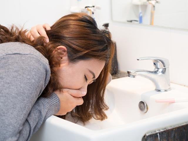 Dấu hiệu thụ thai thành công sớm nhất sau 1-2 tuần quan hệ