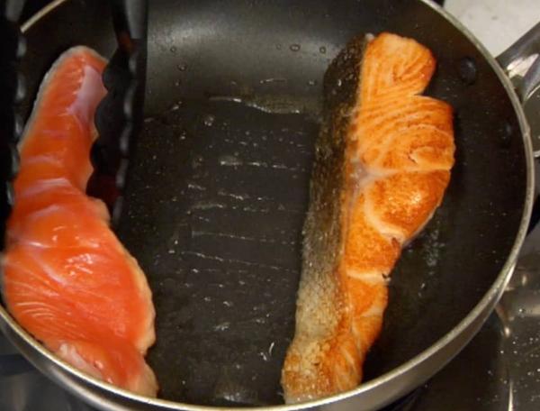 Cách làm cá hồi áp chảo đơn giản tại nhà ngon như ngoài hàng - 9