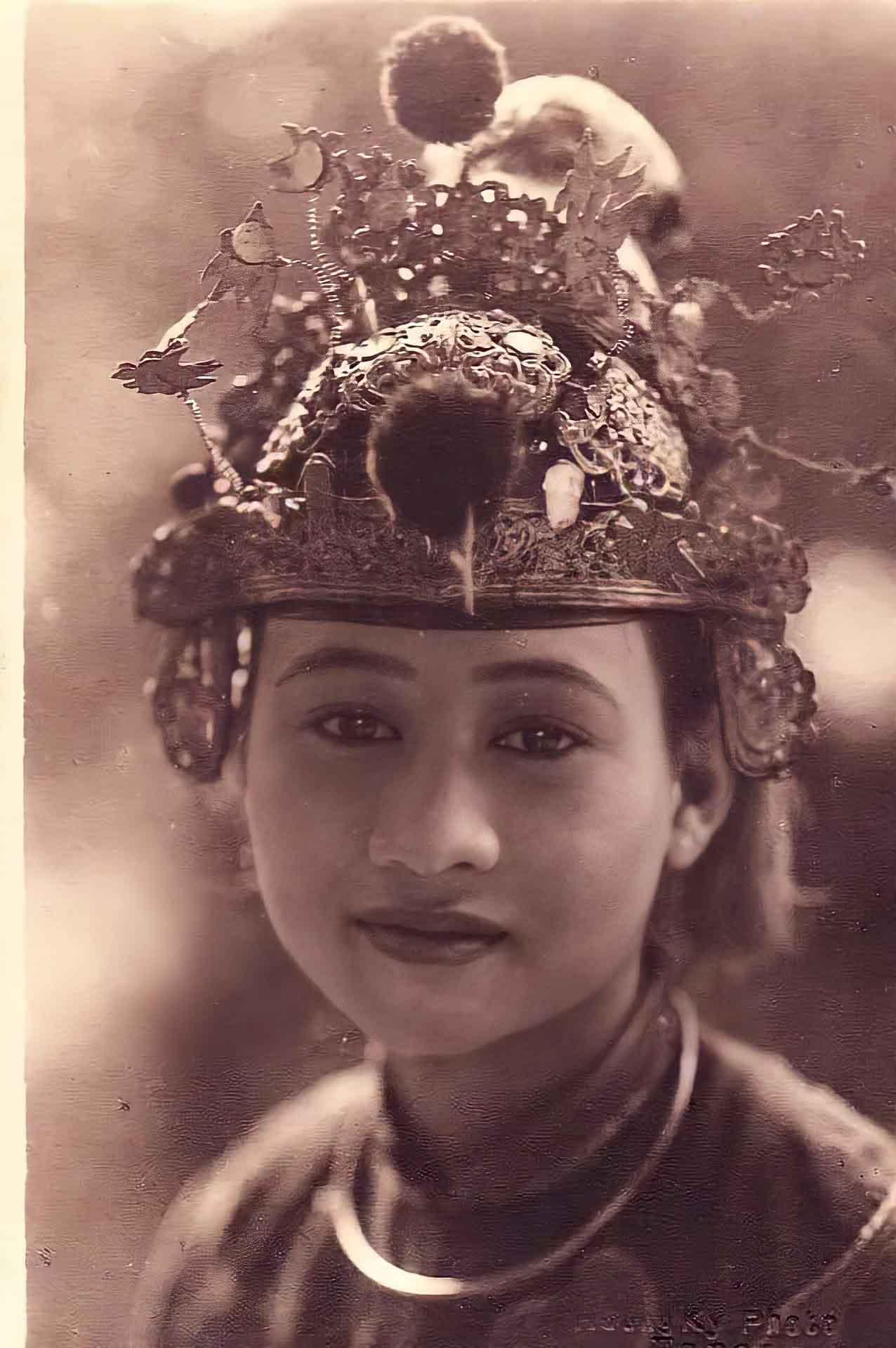 Mê mẩn loạt ảnh phục chế của những mỹ nhân Việt xưa sở hữu vẻ đẹp chuẩn mực - 3