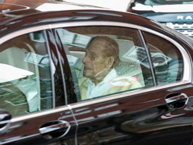 Hé lộ những ngày cuối cùng của hoàng thân Philip, chồng của Nữ hoàng Anh Elizabeth II