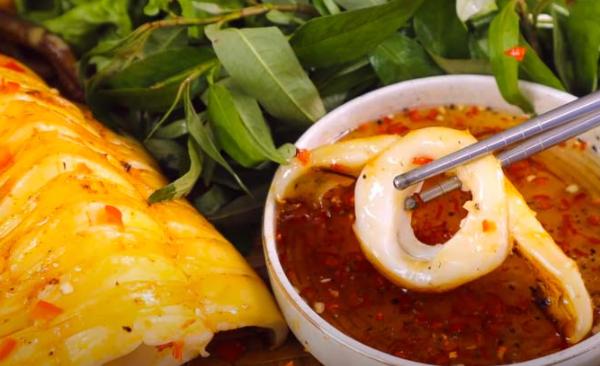 4 cách làm mực nướng thơm ngon ai ăn cũng thích - 12
