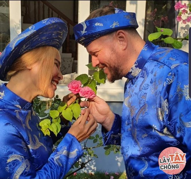 Mẹ đơn thân cưới thầy giáo nước ngoài kém tuổi, mẹ chồng hứa tặng quà lớn