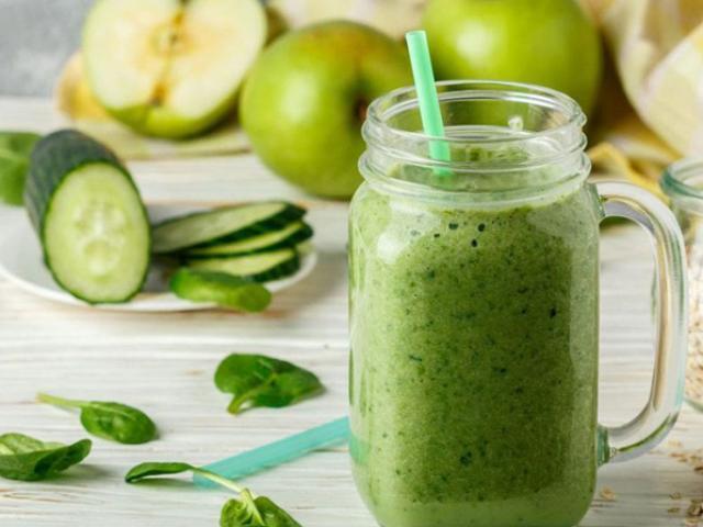 Đừng chỉ uống nước ép trái cây, dùng 7 loại rau củ này làm nước ép tốt gấp trăm lần