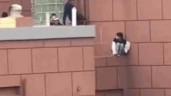 Người đàn ông phản xạ cực nhanh, cứu mạng cô gái nhảy lầu tự tử