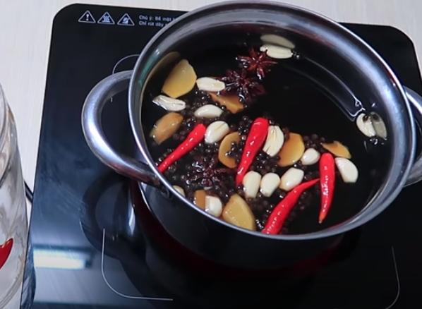 2 cách làm thịt ngâm nước mắm ngon đậm đà để được lâu - 9
