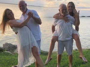 Những cặp đôi vợ chưa tròn 30 lấy chồng bằng tuổi ông: Lúc đi đẻ bị nhầm là ông-cháu