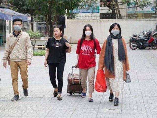 Loạt trường đại học ở Hà Nội tạm dừng tập trung sinh viên sau kỳ nghỉ lễ 30/4-1/5