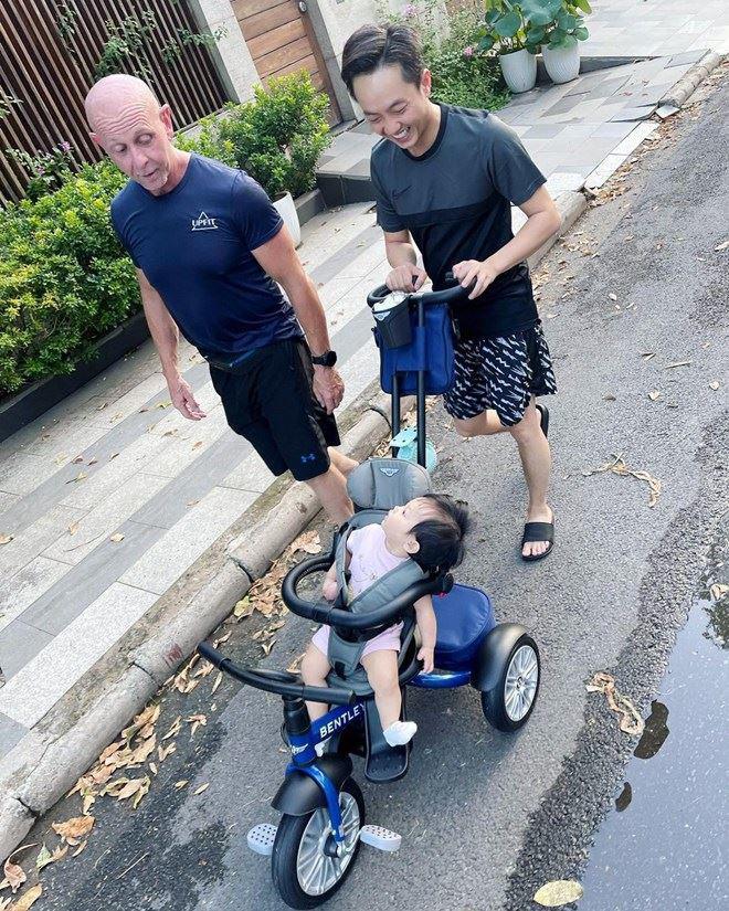 Sao Việt 24h: Hồ Quỳnh Hương nhắn tin khuyên đừng dùng chất cấm và thái độ của Nathan Lee - 12