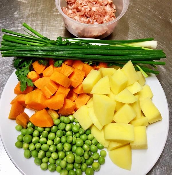 3 cách nấu canh khoai tây ngon bổ dưỡng dễ làm tại nhà - 9