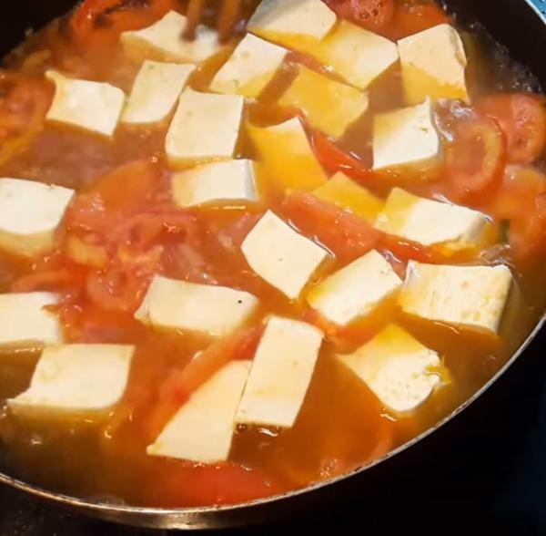 3 cách nấu canh trứng cà chua ngon đơn giản ai cũng thích - 6