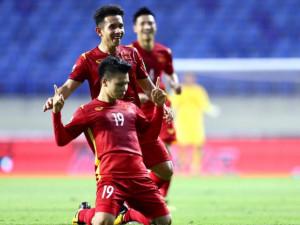 Việt Nam thắng Indonesia 4-0 tại vòng loại World Cup: Triệu người hâm mộ hạnh phúc xen lẫn bức xúc