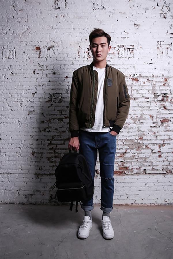 Jonathan tư vấn cách phối đồ quần jean cho nam giới cá tính, mạnh mẽ - 4