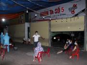COVID-19 20/6: Bà chủ quán bia dương tính với SARS-COV-2, phong tỏa loạt quán đông khách nhậu