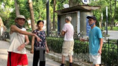 Lập chốt chặn, người dân Thủ đô vẫn 'vượt rào' để tập thể dục