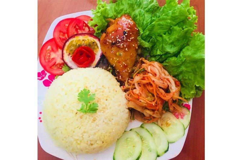 Những bữa cơm ngày hè ngon mát của cô em chồng khiến chị dâu muốn giảm cân chẳng được