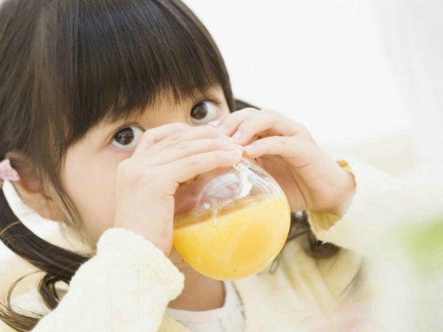 Nhiều mẹ phạm sai lầm chết người khi bổ sung vitamin C cho trẻ