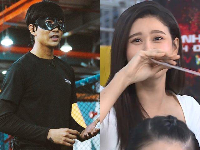 Đồng nghiệp tò mò nhìn phản ứng của Trương Quỳnh Anh khi chạm mặt chồng cũ trên sóng truyền hình