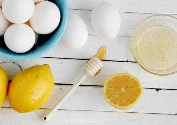 Bôi lòng trắng trứng lên da 20 phút tuần 1 lần và điều kỳ diệu sẽ đến với da bạn