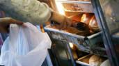 Dùng hộp xốp đựng xôi, túi nilon đựng canh, phở… hàng triệu người Việt đang tự hại mình