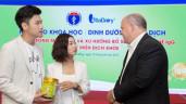 Video mới nhà Trang Lou – Tùng Sơn khiến mẹ 9X đứng ngồi không yên