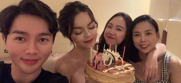 Đã sinh nhật tuổi 18 lần hai, Phạm Quỳnh Anh vẫn gây thương nhớ vì nhan sắc lão hoá ngược