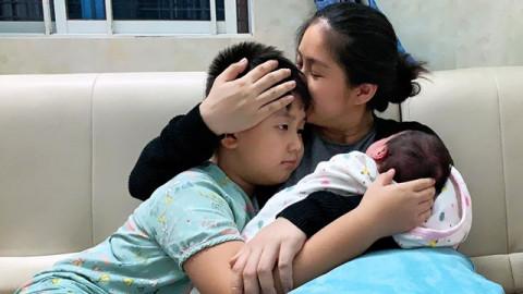 Giải trí - Lê Phương tâm sự mệt mỏi vì con trai riêng, Trương Quỳnh Anh, MC Cát Tường rơi nước mắt