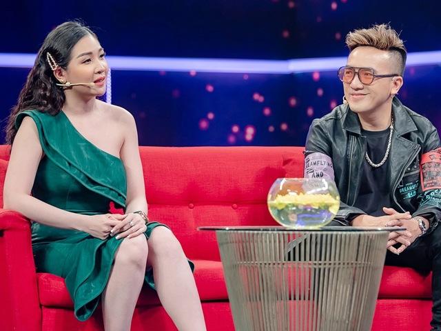 8 năm không giận nổi 1 ngày, Dương Ngọc Thái và vợ kém 12 tuổi khiến khán giả ghen tỵ