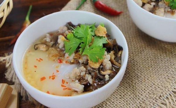 top 22 dac san ha noi mua lam qua va thuong thuc tai cho - 12