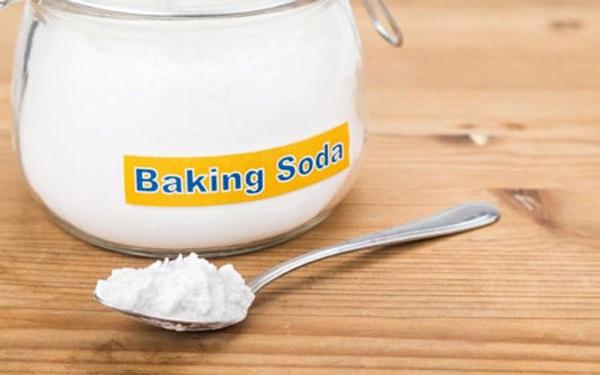 Khử sạch bách mùi cơ thể đeo bám với 4 cách trị hôi nách bằng baking soda