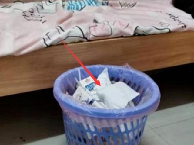 Người biết về phong thủy không bao giờ đặt thùng rác chỗ này, lý do là gì?