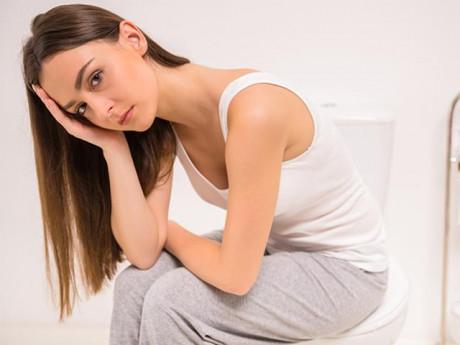 Bệnh giang mai ở nữ có biểu hiện gì, điều trị ra sao?