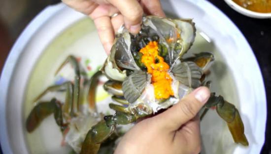 Cách nấu lẩu cua đồng, cua biển ngon như ngoài hàng - 13