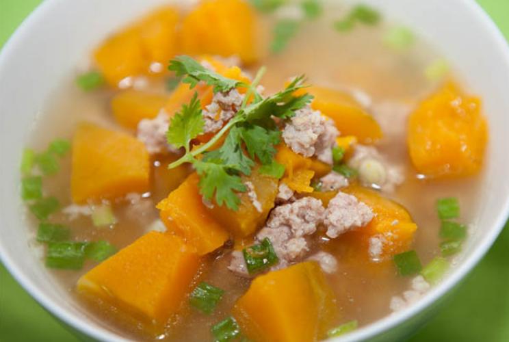 5 cách nấu canh bí đỏ ngon ngọt bổ dưỡng đơn giản