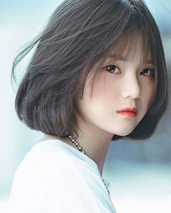 Những kiểu tóc layer ngắn mái thưa đẹp tự nhiên phù hợp với mọi gương mặt
