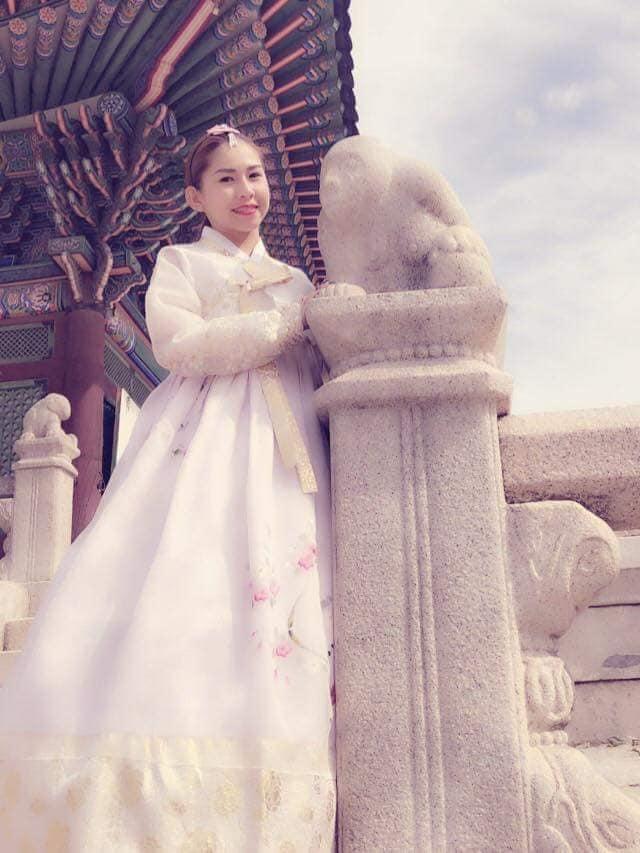 Con gái nuôi Kim Tử Long lấy chồng không dám công khai, mang bầu vẫn phải lăn lộn kiếm tiền - 4