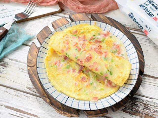 Chỉ cần làm bánh bột mì trứng kiểu này, cả nhà không cần phải nấu thêm gì vào bữa sáng