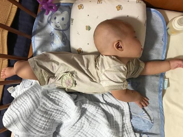 Trẻ sơ sinh tư thế ngủ kỳ lạ, 5 loại 5 tính cách, riêng loại thứ 3 cực thông minh