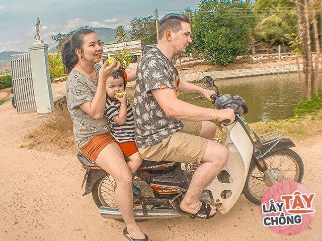 Cô gái Việt lấy chàng Tây nghèo, cưới 2 năm chồng phải xin ngừng ăn cơm chung