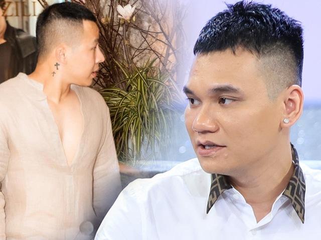 Bị nhắc tới tin tìm tới nhà Vũ Khắc Tiệp, Khắc Việt trả lời rành mạch giữa sóng truyền hình