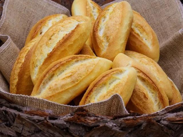 Những người nên tránh ăn bánh mì buổi sáng, càng ăn nhiều càng nhanh hỏng thận